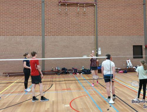 De jeugd heeft weer lekker kunnen badmintonnen!